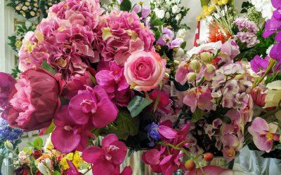 ¿Qué son las plantas y flores artificiales?