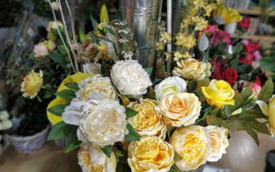 Los mejores consejos para cuidar y mantener las plantas y flores artificiales